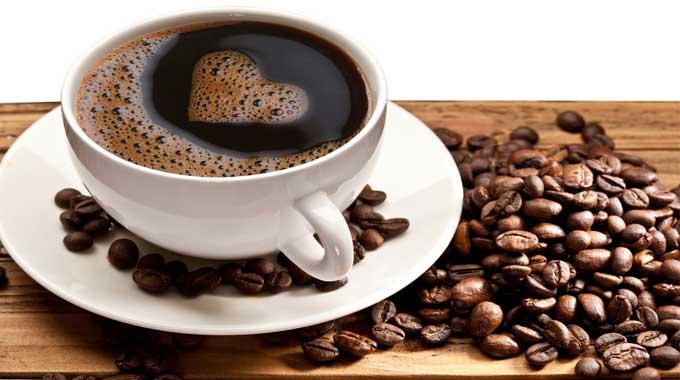 รู้หรือไม่ กินกาแฟมากๆ จะเกิดผลเสีย ต่อร่างกายอย่างไร